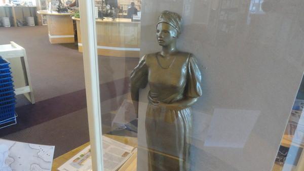Model of Meadows' sculpture